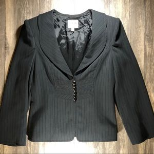 Excellent Condition Armani Collezioni Black Blazer